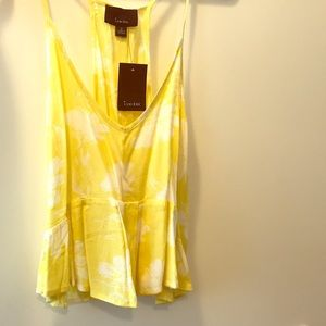 Lumiere Tops - Lumiere breezy tank top